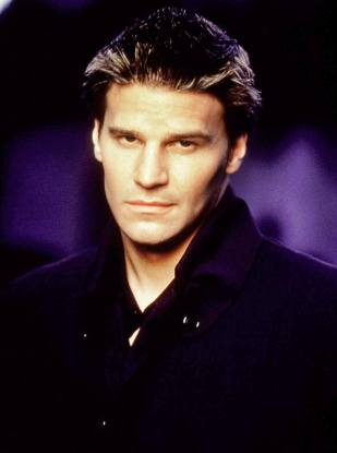 1396899918_david-boreanaz-buffy-zoom